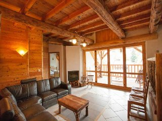 Luxury Chalet Rental Moulin 19 people. Station near Serre-Chevalier, Villar-Saint-Pancrace