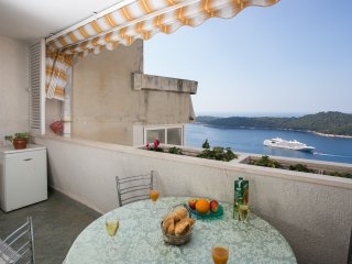 Sea View Apartments - Three-Bedroom Apartment with Sea View - Zlatni Potok 30