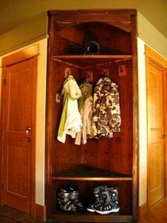Unique Corner Cupbord - Unique corner cupboard. There is even a washer and dryer in this condo.