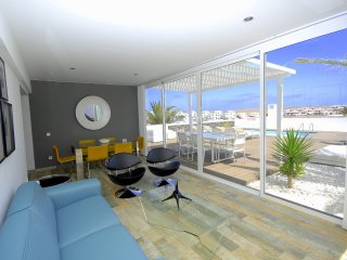 Villa María with private heated pool, air cond...