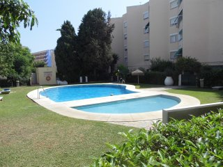 View of pool and  Fuengirola Park Hotel