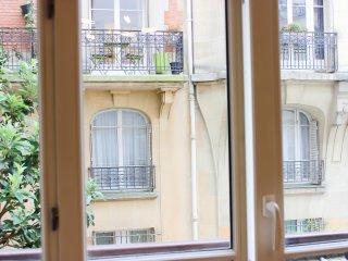 ***** EIFFEL TOWER LUXURIOUS MODERN FLAT, París