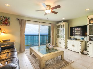 2br Sunrise Lanai, Breaking Surf | Oceanfront!