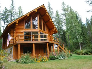 Montana Log Cabin near Glacier National Park