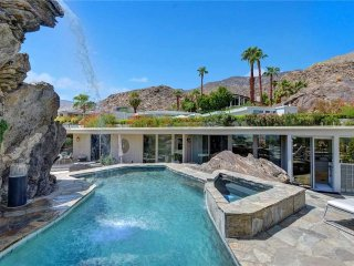 The Hanging Rock Estate, Palm Springs