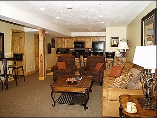 Fantastic Mountain Views - Stunning Old Town Park City Home (2008)