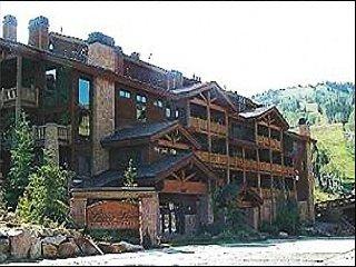 Luxury Condo - Silver Lake Location (24541), Park City