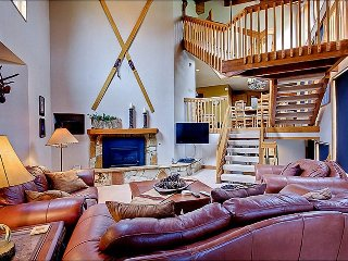 Designer Touches Throughout - Beautiful Slope and Mountain Views (24716), Park City