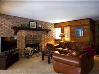 Updated Condo with Forest Views - Wonderful, Quiet Location (25018), Park City