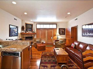 Elegant Lift Lodge Condo - Located on Lower Main Street (25286), Park City