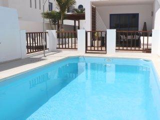 casa a 300metros de la playa con wi-fi, Playa Blanca