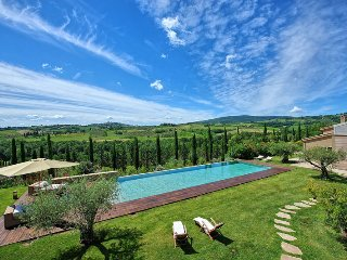 Luxury Villa Dora with pool in San Gimignano