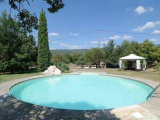 Charmant gite avec jardin et piscine - Le Chene