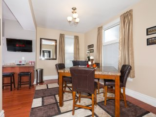 Family Home just minutes to the Convention Center!, Saint Louis