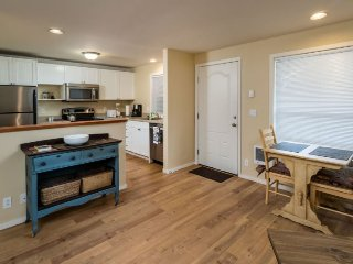 Newly Remodeled West Side Retreat!, Bend