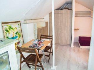 Loft with Balcony 5 - YES Varna Studios