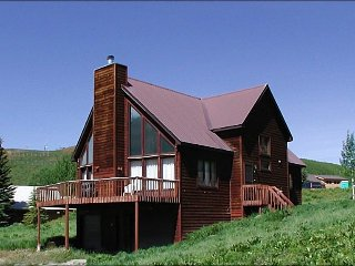 Classic A-Frame Style Mountain Home - Amazing Mountain Views (1388), Crested Butte