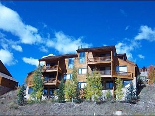 Beautiful, Three-Story Duplex - Rustic Wood & Stone Accents (1389), Crested Butte