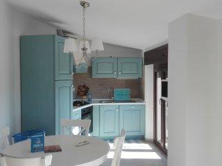 Villa Rosetta-Appartamento azzurro al 2° piano in villa con giardino-Dorgali