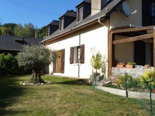Location Gîte meublé 4 personnes Hautes Pyrénées, Argeles-Gazost