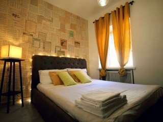 Loft style in the Vatican - 4 sleeps + free parking - just in the center of Rome