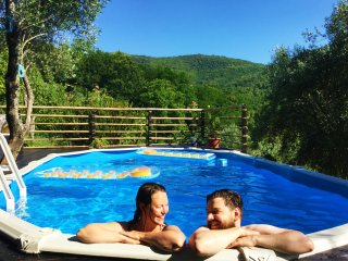 Double room in historic Tuscan house with pool!