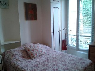 Central Paris genuine apartment rental Paris