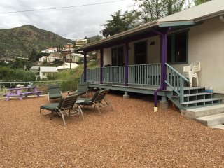 BREWERY GULCH HOUSE W SPA NEW CONSTRUCTION, Bisbee