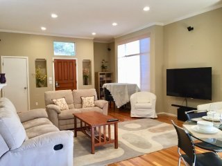 Furnished 3-Bedroom Townhouse at Crescent Ave & Lautrec Terrace Sunnyvale