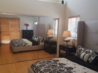 Furnished 3-Bedroom Townhouse at Vail Ave Redondo Beach