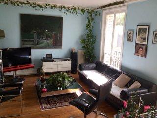 Spacious, quiet and luminous apartment