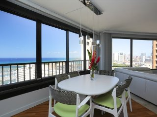 MONTHLY Discovery Bay 2611 2 Bedroom Ocean / Sunset / Marina / Fireworks Views, Honolulu
