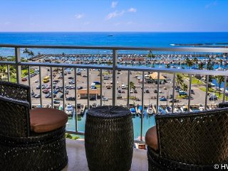 Ilikai Suites1308 Ocean / Sunset / Marina Views King Bed, Sofa Sleeper, Honolulu