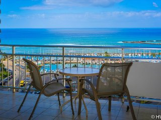 Ilikai1804 Ocean / Sunset / Marina Views King Bed, Sofa Bed, Honolulu