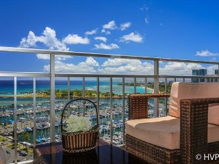 Ilikai 2002 Ocean / Sunset / Marina Views 2 Double Beds, Sofa Bed, Honolulu