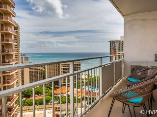 Ilikai Suites MONTHLY Luxury 2 BR, 2 BTH, Corner End Condo, Wrap around Ocean & City Lights Views!, Honolulu