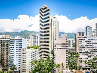 MONTHLY Ilikai Marina 1399 Steps to Waikiki Beach 750 sq. ft. 1 bedroom, Honolulu