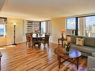 MONTHLY Luxury Windsor  2604 2 Bed Room Ocean / Sunset / Harbor / Canal views, Honolulu