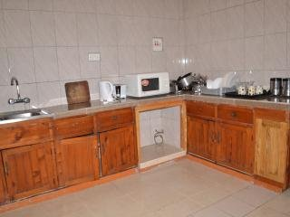 A3 STUNNING TWO BEDROOM, Kampala