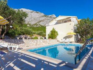 Mediterranean style house in nature above Makarska