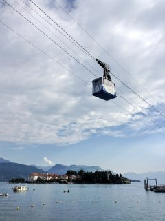 700 meters cable car to Mottarone