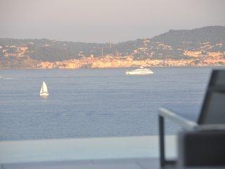 Villa contemporaine avec vue mer et Golf St Tropez, Grimaud