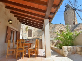 Sineu Mallorcan Renovated House 6pax