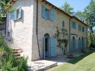 Casa Poggio - serene stone farmhouse, Lazio, Italy, Poggio Mirteto