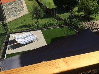 Holiday Home - Parking-Garden-Views-Wifi, Ossuccio