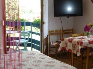 Gd studio, calme balcon,charme,belle vue vignes 2/4 pers