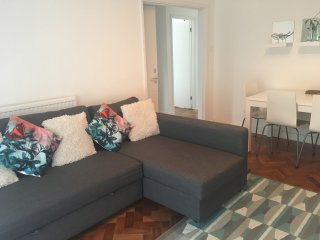 Garden Apartment, easy access to central London