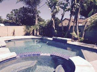 SunSwimGetaway, Anaheim