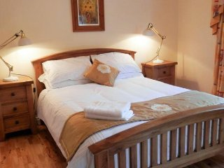 Leabrook House BnB - Deluxe Double Room Ensuite 1, Castlemaine