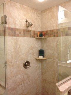 20' Porcelain Tile Shower with Quartz Countertop Organic Paya Bathroom Amenities